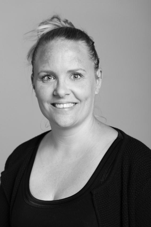 Sara Benzon (Custom)