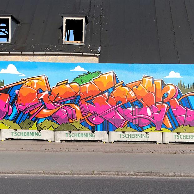 Grafitti hold. Billede af væg malet med graffiti